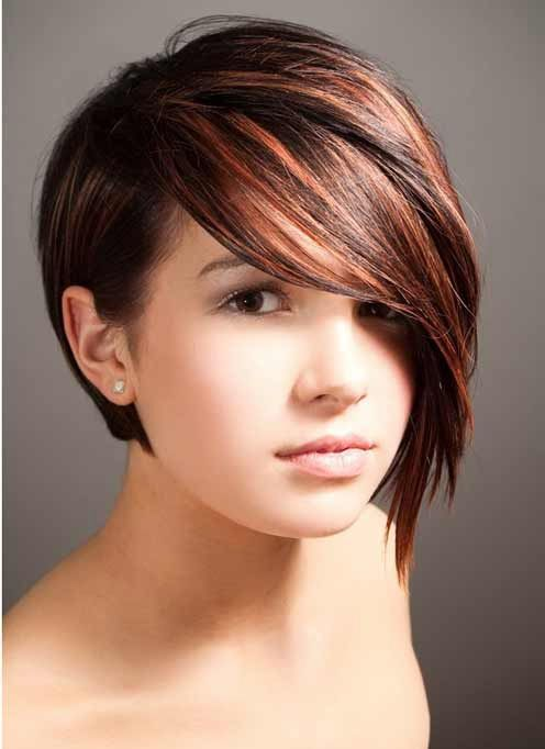 Short Hairstyles with Round Faces-